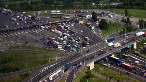 """Autostrade, Castellucci: """"Con 23 miliardi siamo i primi investitori in Italia"""""""