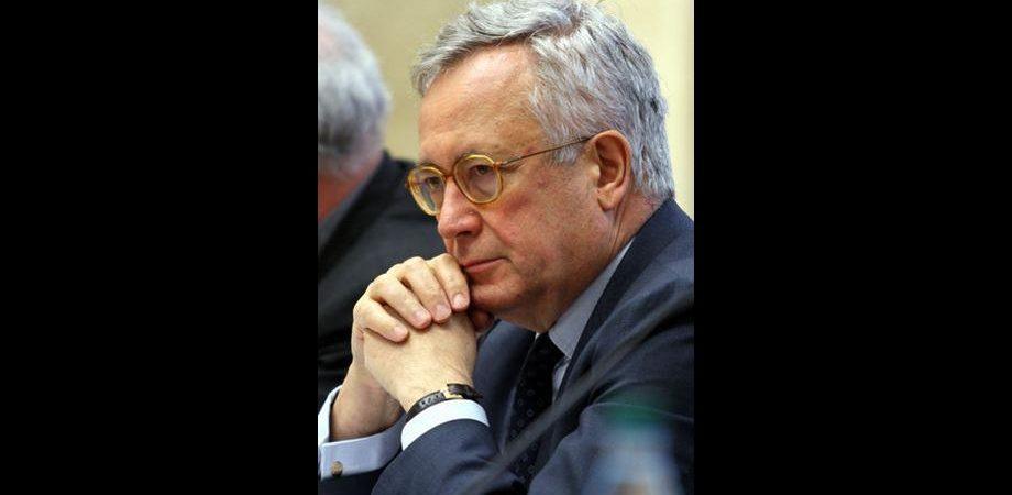 Di fronte alla crisi ci vuole lo scatto invocato da Napolitano senza la rassegnazione di Tremonti