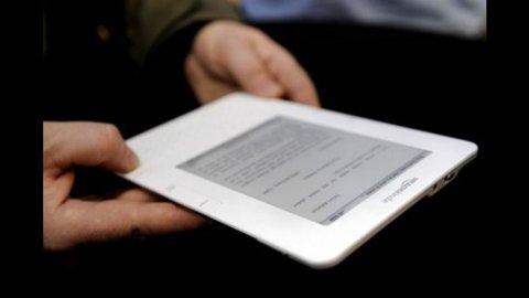 Mondadori e Amazon, ebook in italiano per Kindle entro l'estate
