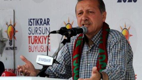 """Turchia, Erdogan: """"La crisi non ci toccherà"""""""