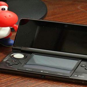 Nintendo lancia nuovi giochi su cellulare e prepara nuova console NX