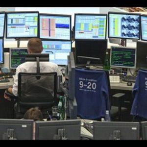 Milano, Borsa ancora Orso. Madrid finisce nel mirino di Moody's
