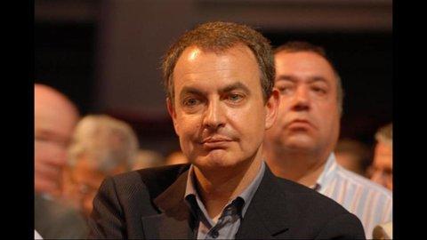 Zapatero annuncia elezioni anticipate in Spagna
