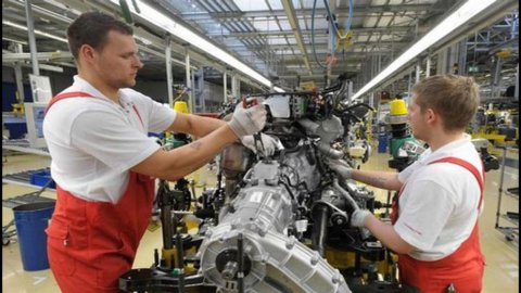 Francia, a giugno produzione industriale cala più delle attese (-1,6%)