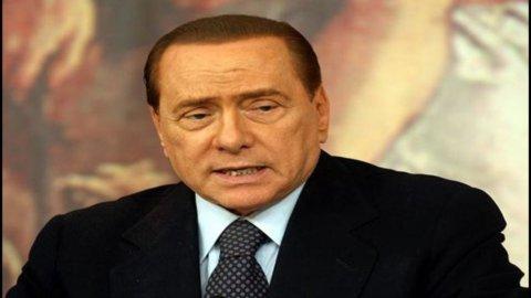 Crisi, Berlusconi apre l'incontro con le parti sociali e convoca il Cdm per il 18 agosto