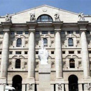 Borsa, Milano sull'altalena