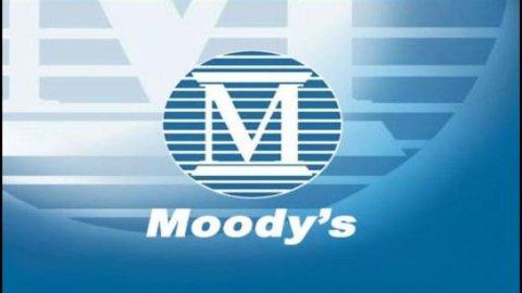 Grecia, Moody's declassa otto banche