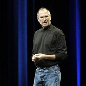 Effetto Jobs: iPhone 4S, boom di ordini. E il Wsj lancia il dibattito: chi sarà il nuovo genio?