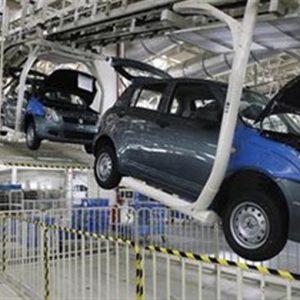 India, frena il mercato dell'auto: -16%