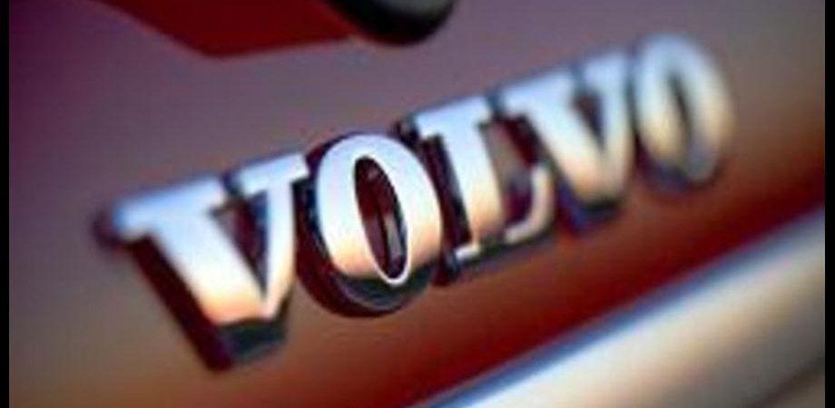 Volvo: rosso da 35 milioni, ricavi -25%
