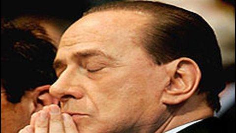 """Ferrara: """"Berlusconi lascia, questione di ore"""""""