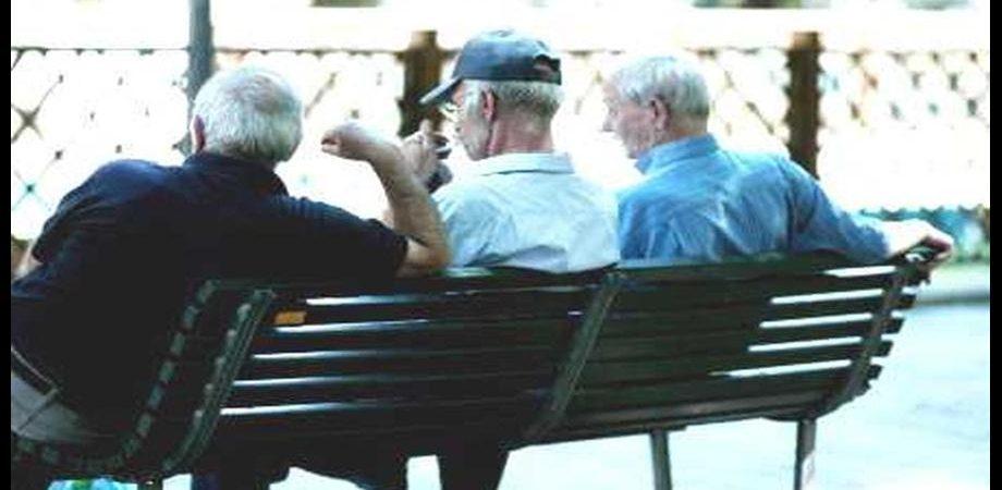 Pensionati, Inps: speranza di vita a 88 anni per gli uomini, 92 per le donne