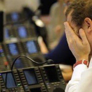 Borsa in rosso tra dazi e lettera Ue