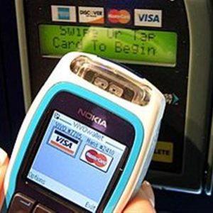 Anche in Italia è nato l'istituto di pagamento ma la concorrenza con le banche è troppo timida