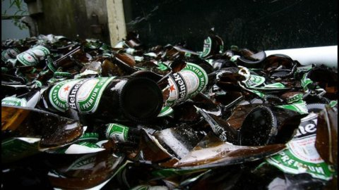 Heineken: delude la semestrale e il titolo crollo in Borsa (-12%)