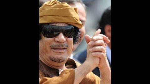 Taglia su Gheddafi, $1,6mln vivo o morto