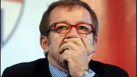 Manovra, Maroni: Incontro Bossi-Berlusconi sarà risolutivo. Enti locali? Spazio per ridurre i tagli