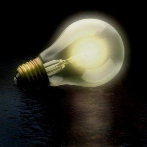 Elettricità: stangata in bolletta per le imprese italiane, prezzi +31% rispetto all'Ue