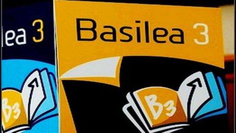 Ue, regole banche seguano Basilea 3