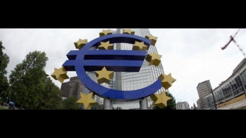 Bce: ieri nuovo record depositi bancari, raggiunto il massimo degli ultimi 14 mesi