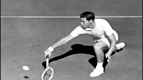 Tennis: quando l'Italia vinse la Davis, una storia di sport e politica