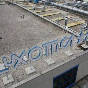 A Piazza Affari brilla solo Luxottica, titolo promosso da BofA