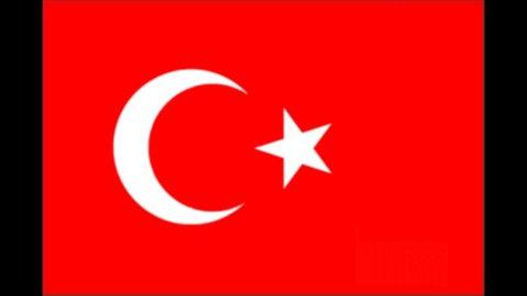 S&P alza il rating della Turchia a BB+ dal precedente BBB-