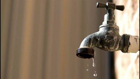 Altroconsumo: nell'ultimo anno le tariffe dell'acqua hanno registrato rincari enormi