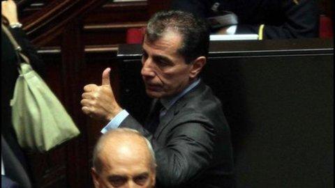 Milanese salvato dalla Camera, il Governo si tiene su tre voti