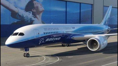 Alenia Aermacchi-Boeing: nuovo accordo su programma 787