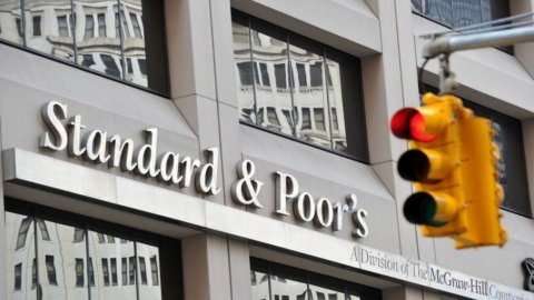 Standard & Poor's: in Ue aumenta rischio credit crunch