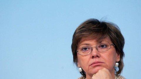 Lanzillotta (Api) firma ementamento al ddl di riforma degli art. 41 e 118 Cost.: basta condoni