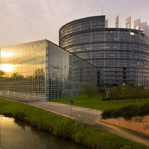 Bce, l'Europarlamento boccia la candidatura di Mersch al board: violate le quote rosa