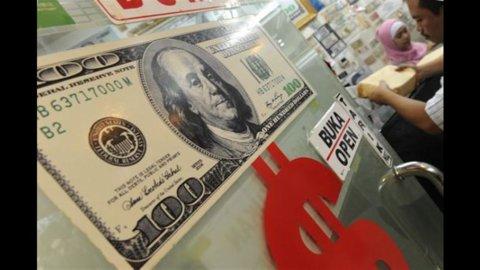 Usa: risparmi e redditi in scivolata
