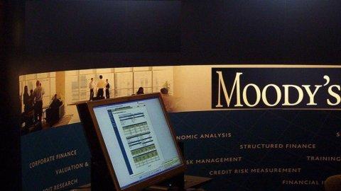 Moody's, Buffet cede 1,75 mln di azioni e riduce la propria partecipazione dal 12,6% all'11,9%
