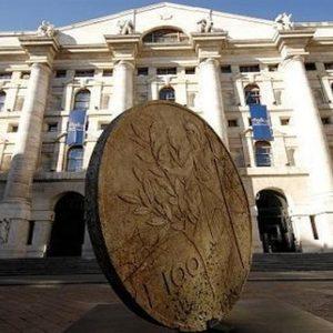 Borse: l'ora dell'incertezza, Milano giù. Brilla Lottomatica, Stm in picchiata