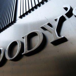 Moody's rinvia la pagella, ma l'Italia resta sotto tiro
