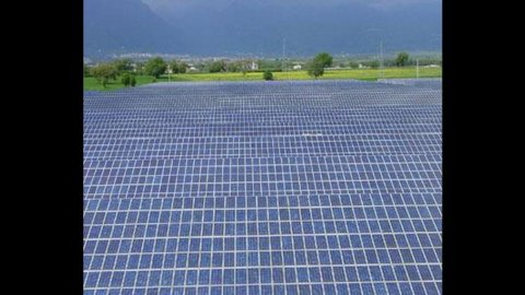 Fotovoltaico di grandi dimensioni, come pagare meno tasse sulla rendita catastale