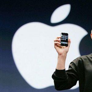 Steve Jobs, da oggi disponibile la biografia online in Italia