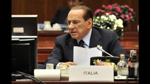 Ultimatum dell'Europa a Roma. La risata di Sarkozy sull'affidabilità dell'Italia