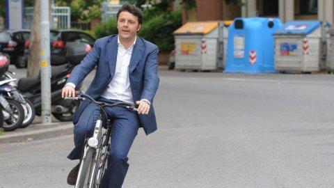 """Renzi: """"Stiamo perdendo tempo, il mondo ci chiede di correre"""""""