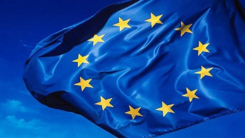 Russell: Eurozona, prudenti in Borsa