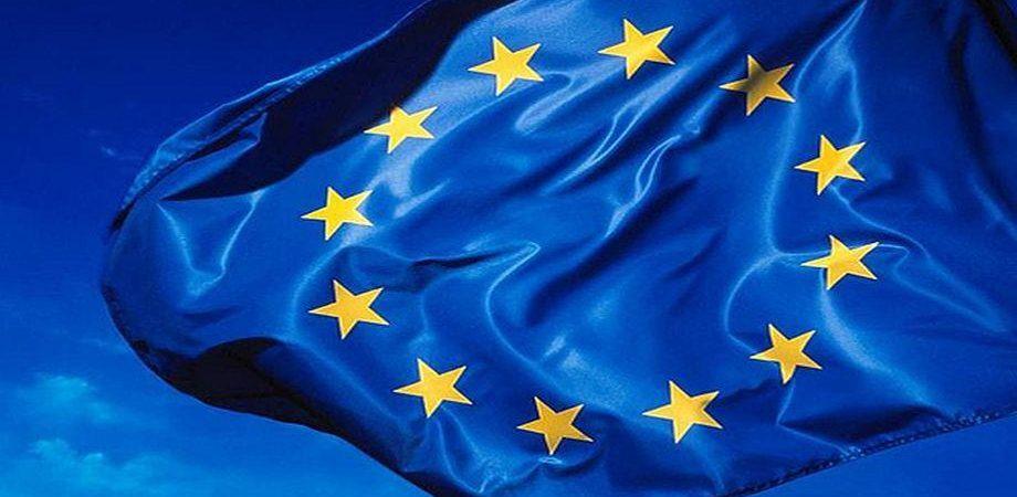 Eurozona per la prima volta in deflazione: prezzi in calo dello 0,2%