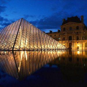 Il Louvre, Verdone, Villaggio e il Borsino degli artisti su FIRST Arte