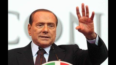 Berlusconi: Borse affondate da referendum Grecia. Bersani telefona a Napolitano