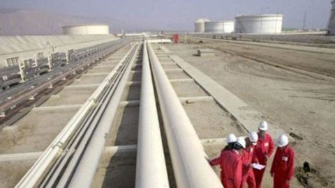 Eni: riattivata joint venture in Libia con il colosso russo Gazprom