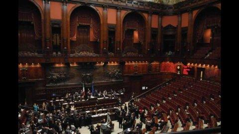 Camera: ok a Ddl pareggio bilancio in Costituzione