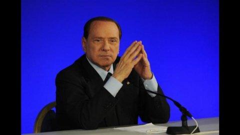 """Pdl, Berlusconi boccia le primarie: """"Servono facce nuove"""""""