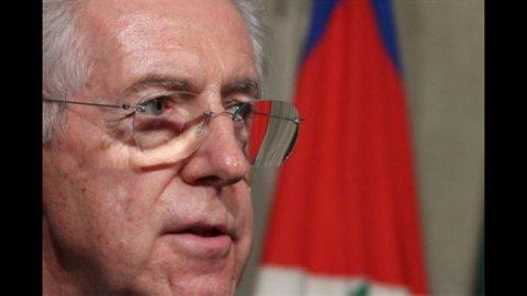 """Monti: """"Il mio Governo? Fino al 2013"""". Mentre la presenza di politici """"è un desiderio"""""""