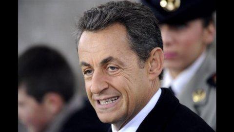 """Sarkozy il protezionista: """"Sì all'European Buy Act"""""""